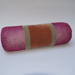 Cochineal bolster